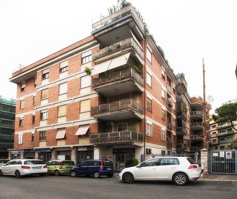 Samo italia srl a roma casa for Affitto roma salario