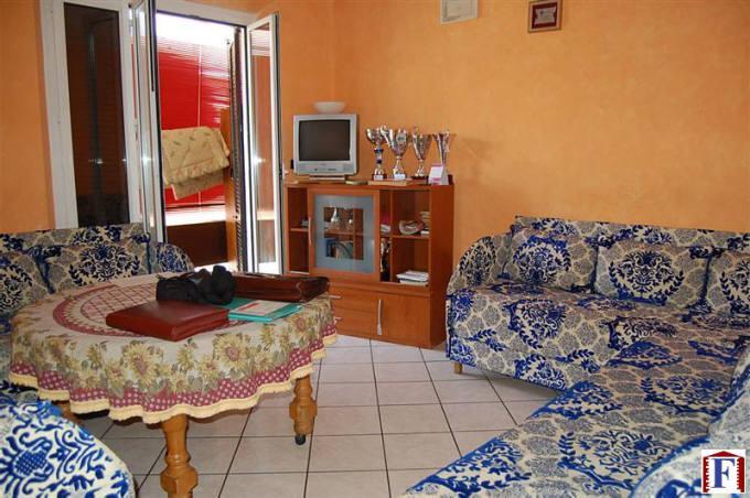 Appartamento in vendita a Brivio, 3 locali, zona Località: Centro, prezzo € 140.000 | Cambio Casa.it