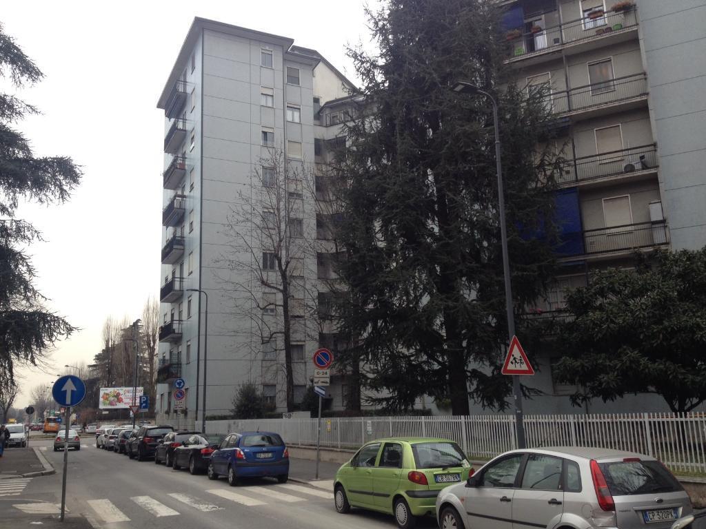 Bilocale Milano Via Cavezzali 16 4