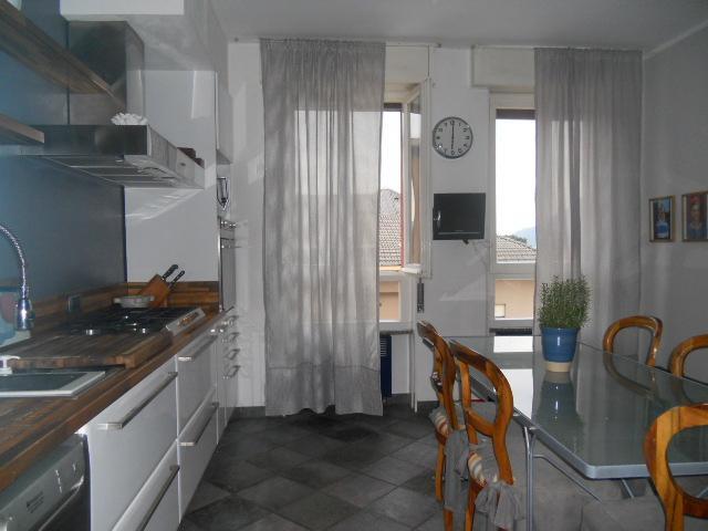 Appartamento in vendita a Lecco, 4 locali, zona Zona: Olate, prezzo € 285.000 | Cambio Casa.it