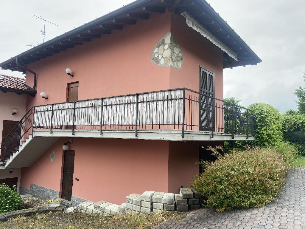 brezzo di bedero vendita quart:  byblos real estate