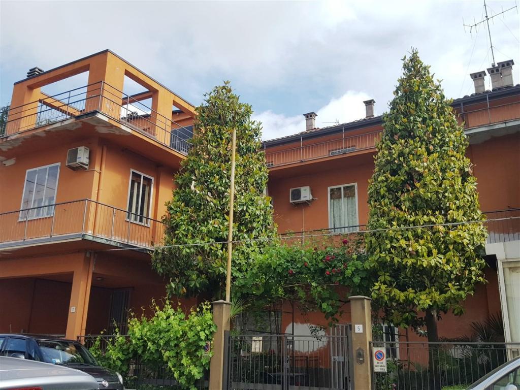 Appartamento in affitto a Faenza, 4 locali, zona Località: SEMICENTRALE, prezzo € 570 | Cambio Casa.it