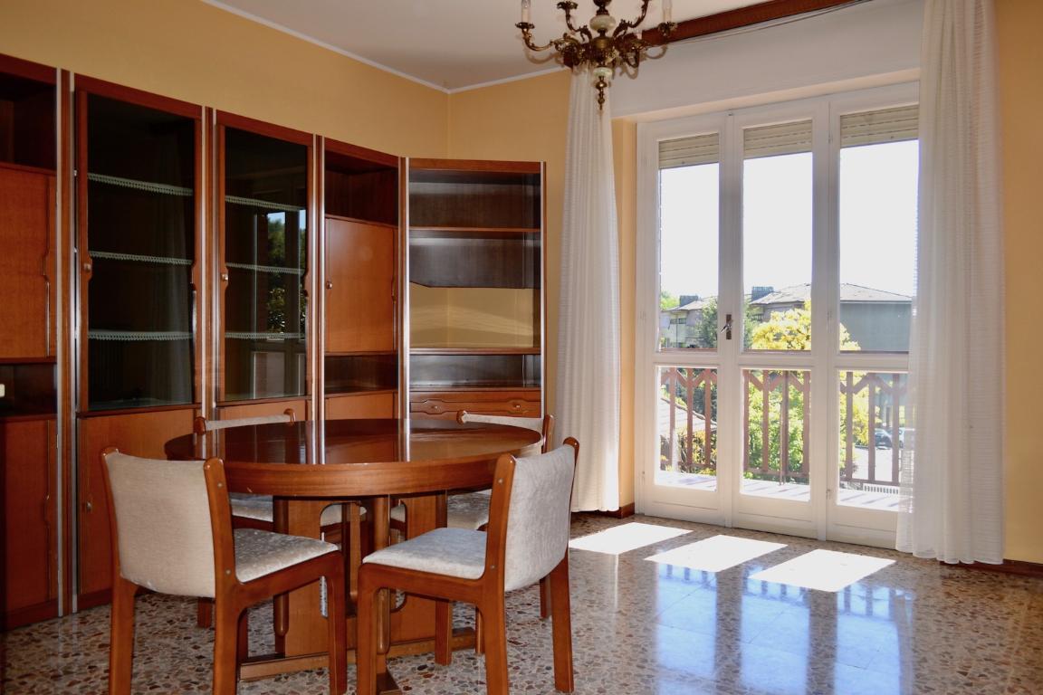 Appartamento in vendita a Pontida, 4 locali, prezzo € 75.000 | CambioCasa.it
