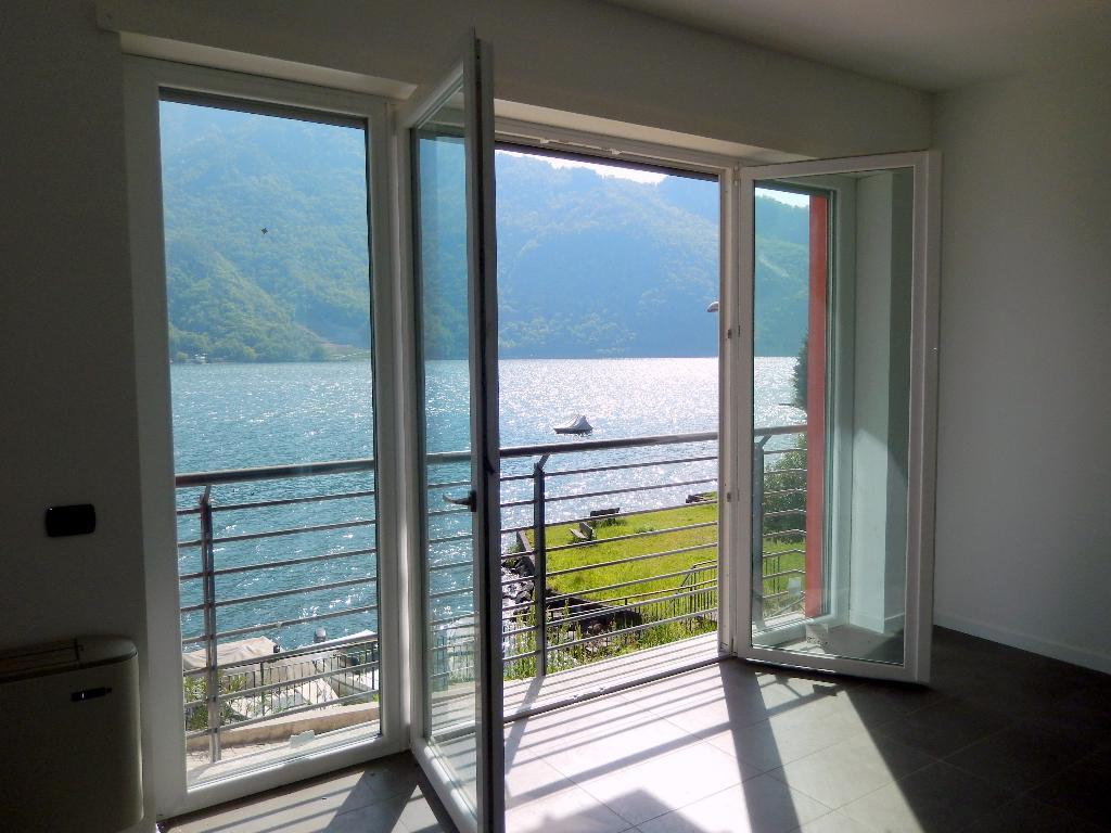 Appartamento in vendita a Abbadia Lariana, 3 locali, prezzo € 260.000 | Cambio Casa.it