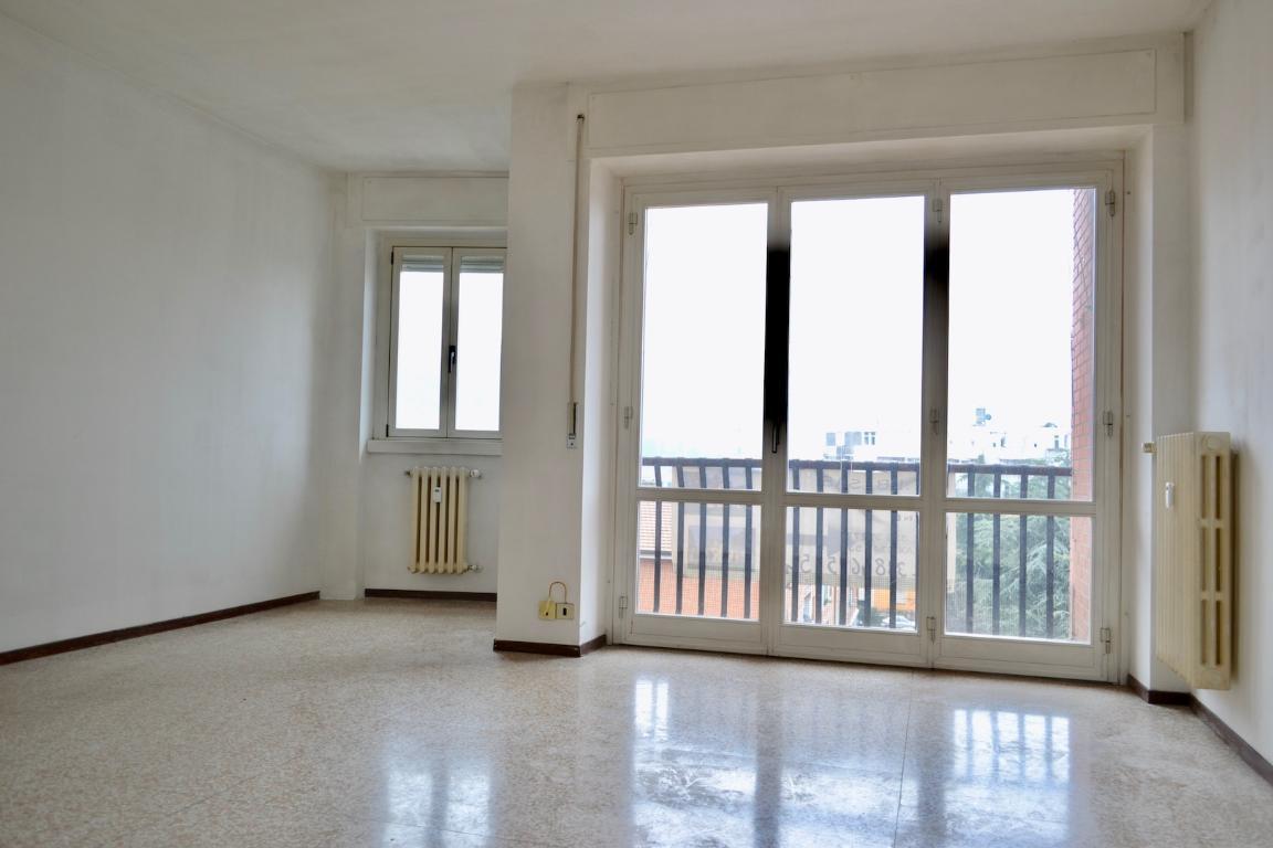 Appartamento in vendita a Calolziocorte, 4 locali, zona Zona: Lavello, prezzo € 125.000 | Cambio Casa.it
