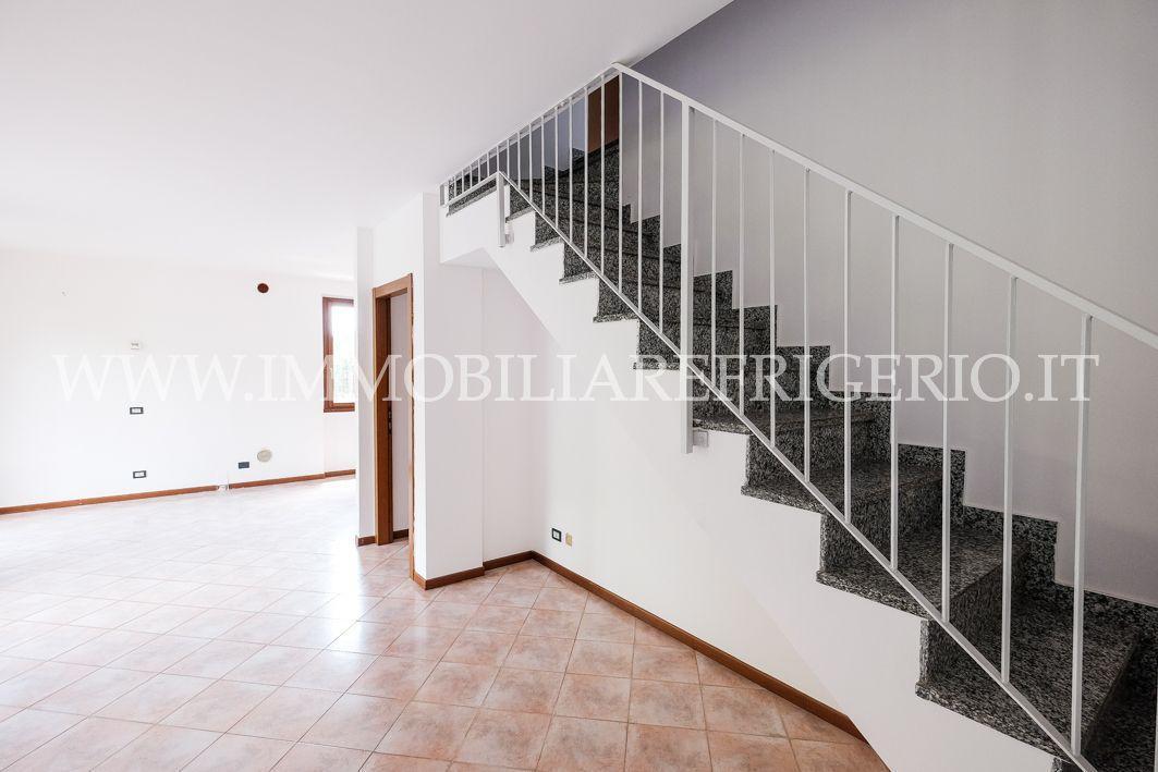 Vendita appartamento Villa d'Adda superficie 140m2