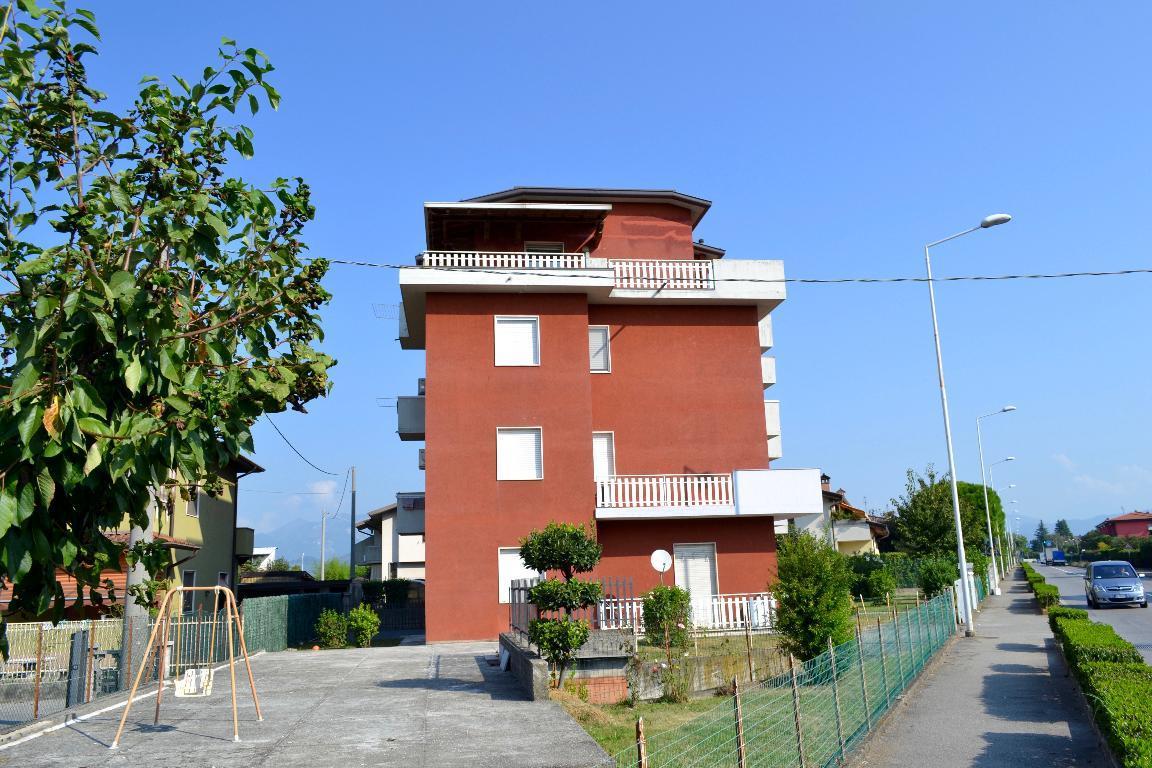 Appartamento in vendita a Bonate Sotto, 3 locali, prezzo € 65.000 | Cambio Casa.it