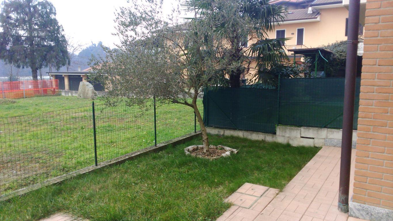 Appartamento in vendita a Besana in Brianza, 3 locali, zona Località: Frazione, prezzo € 219.000 | Cambio Casa.it