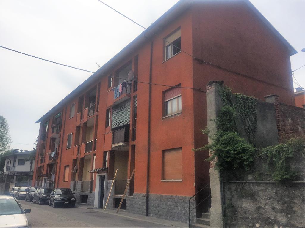 Bilocale Besozzo Via Monteggia 13 3