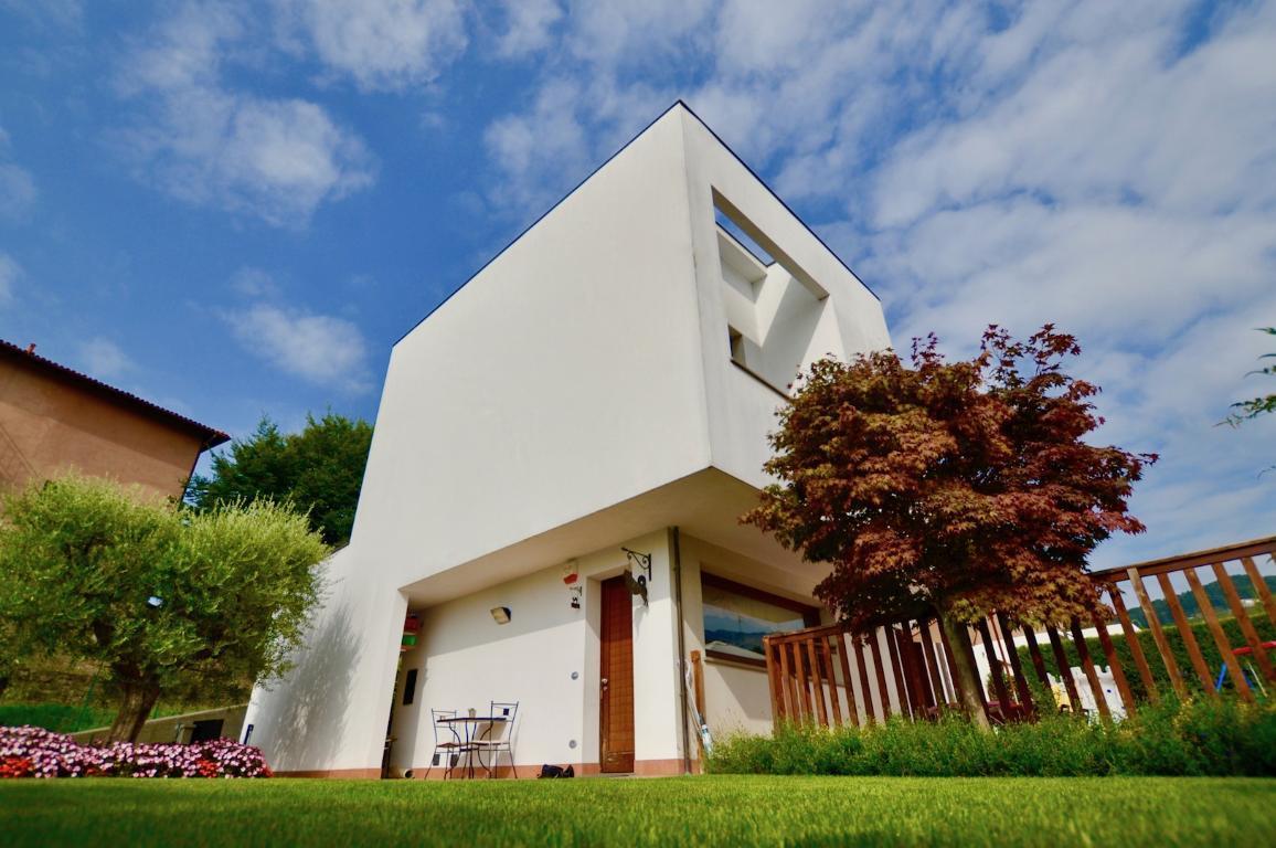 Appartamento in vendita a Pontida, 4 locali, prezzo € 189.000 | CambioCasa.it