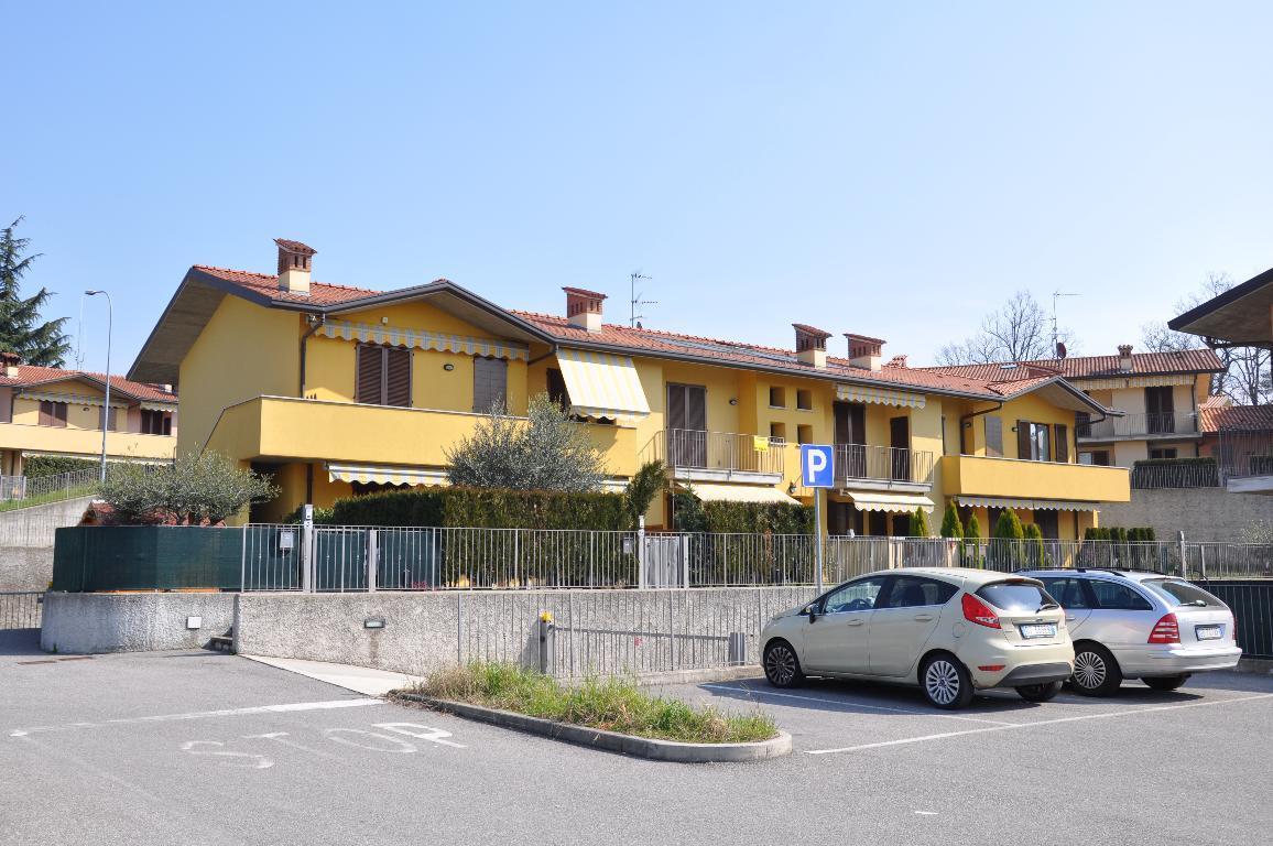 Appartamento in vendita a Villa d'Adda, 2 locali, prezzo € 97.000 | Cambio Casa.it