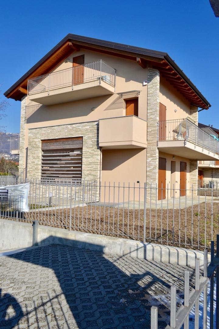 Appartamento in vendita a Barzana, 3 locali, prezzo € 250.000 | CambioCasa.it