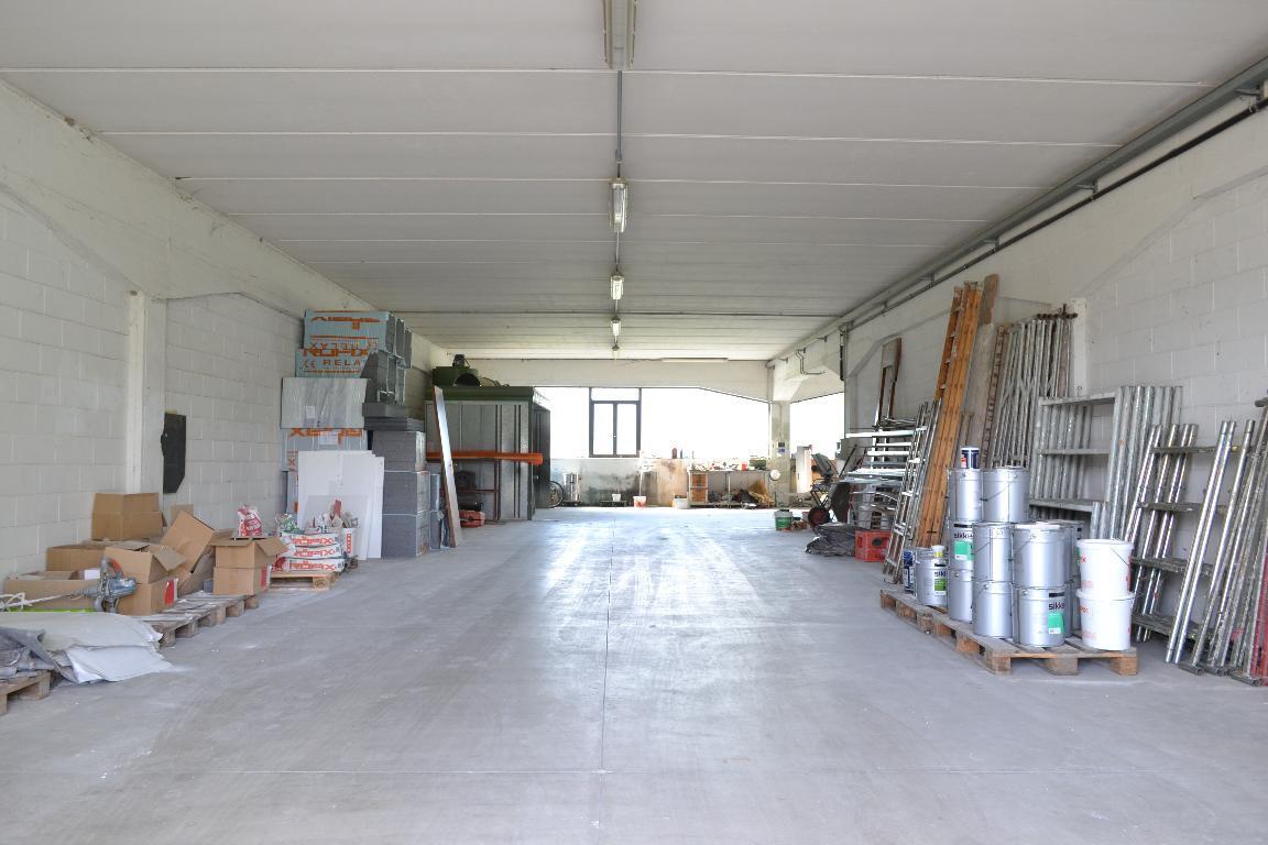 Capannone in vendita a Cisano Bergamasco, 1 locali, prezzo € 130.000 | Cambio Casa.it
