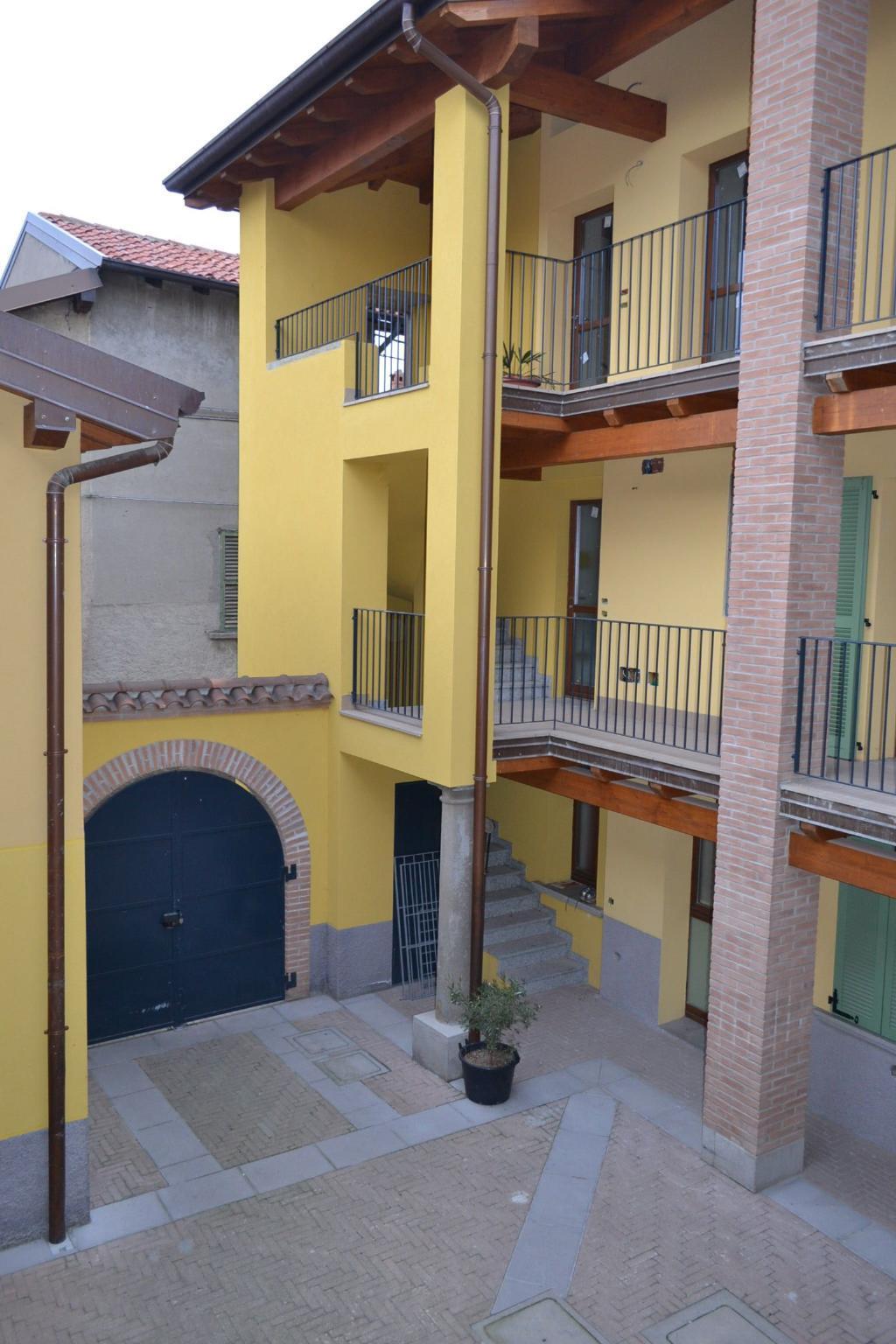 Appartamento in vendita a Mapello, 3 locali, zona Località: centro, prezzo € 85.000 | Cambio Casa.it