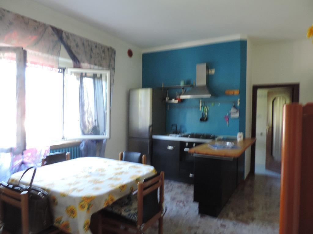 Appartamento in affitto a Cisano Bergamasco, 2 locali, prezzo € 400 | Cambio Casa.it