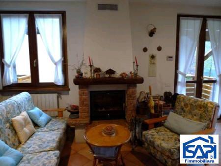 Appartamento in vendita a Onore, 3 locali, prezzo € 199.000 | Cambio Casa.it