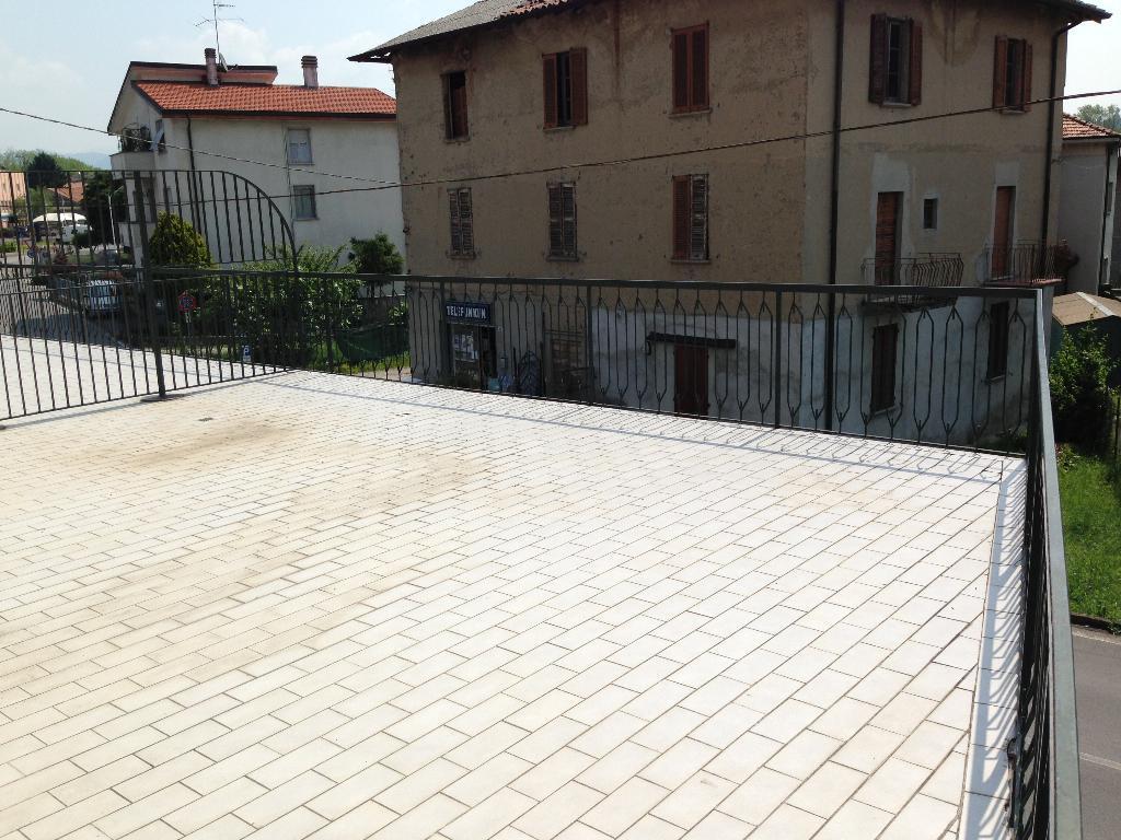 Appartamento in vendita a Nibionno, 3 locali, prezzo € 100.000 | Cambio Casa.it