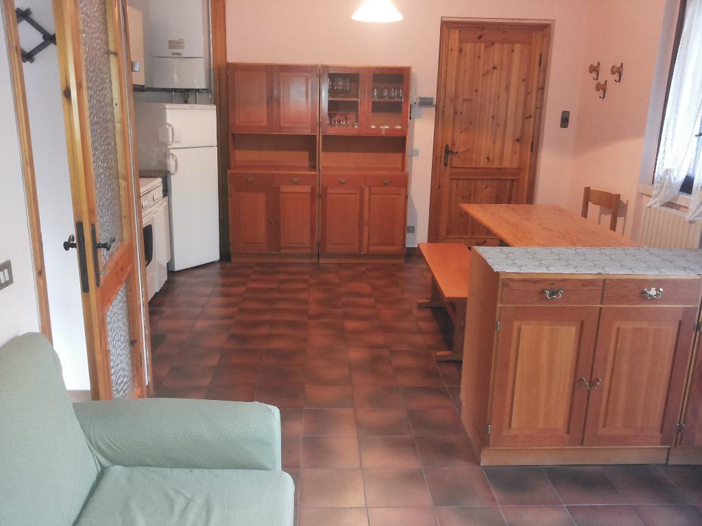 Appartamento in Vendita a Introbio (Lecco) - Rif: 652