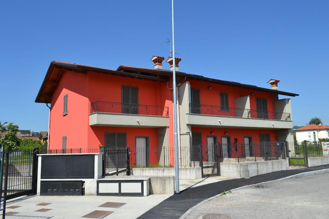 Appartamento in vendita a Mapello, 3 locali, zona Località: Centro, prezzo € 179.000 | Cambio Casa.it