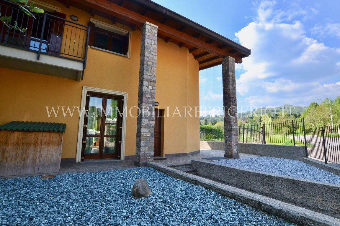 Vendita villa a schiera Palazzago superficie 120m2