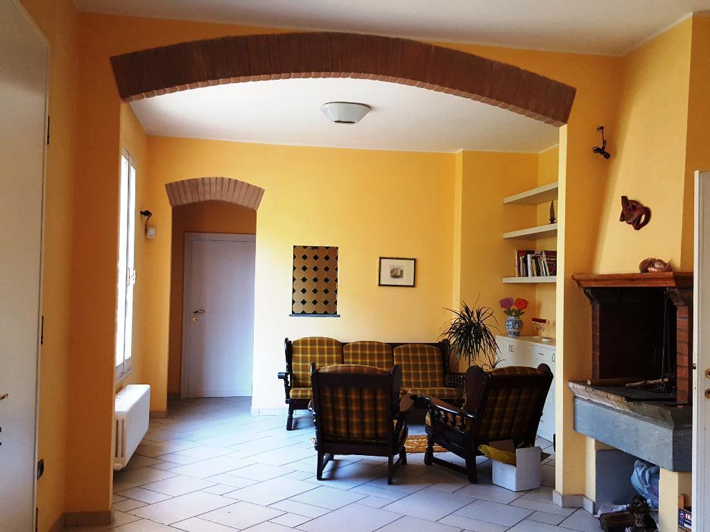 Soluzione Indipendente in vendita a Faenza, 7 locali, zona Località: PORTA IMOLESE, Trattative riservate | CambioCasa.it