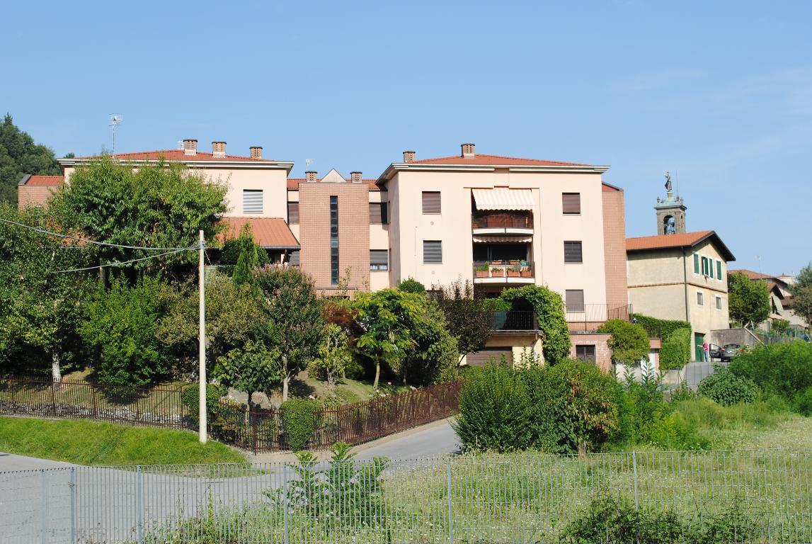 Appartamento in vendita a Pontida, 4 locali, prezzo € 179.000 | CambioCasa.it
