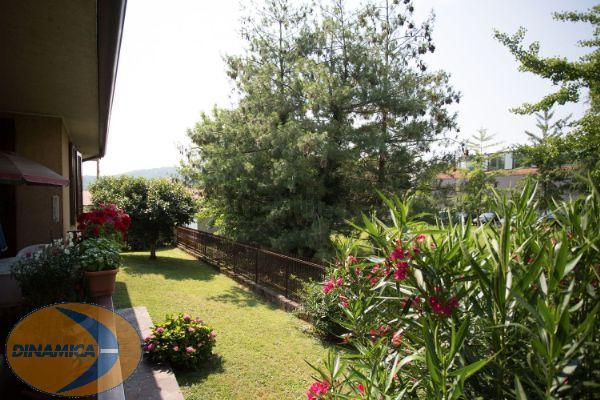 Villa in vendita a Viganò, 5 locali, prezzo € 490.000   CambioCasa.it
