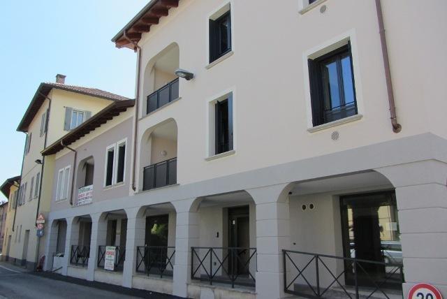 Bilocale Vignate Via Vittorio Veneto 2