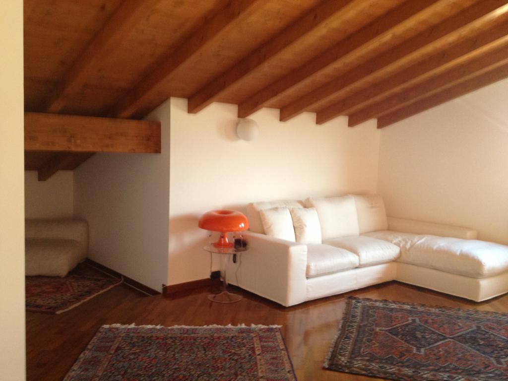 Appartamento in vendita a Rognano, 4 locali, zona Località: CORTI VILLARASCA/ROGNANO, prezzo € 280.000 | Cambio Casa.it