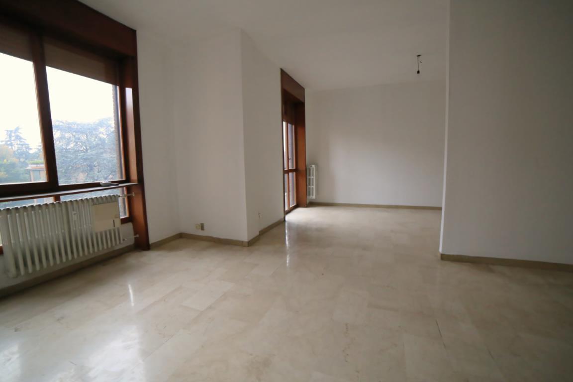 Appartamento, largo esterle, Vendita - Monza (Monza - Brianza)