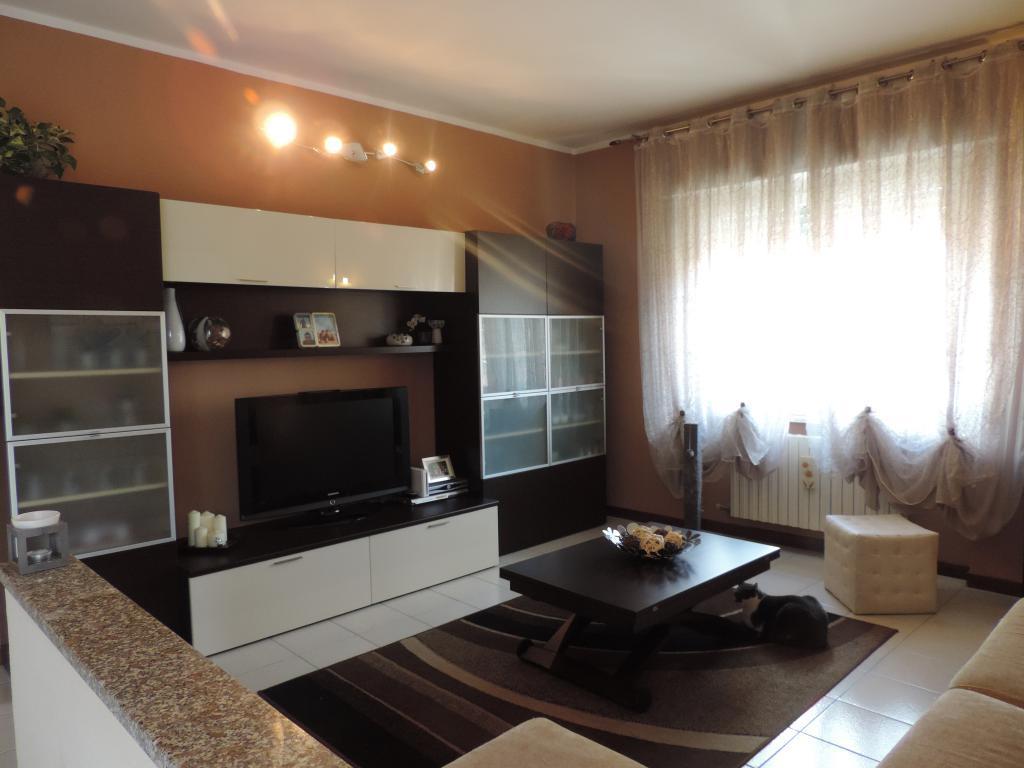Appartamento in vendita a Cisano Bergamasco, 3 locali, prezzo € 139.000 | Cambio Casa.it
