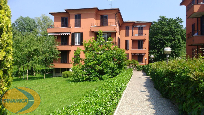 Appartamento in vendita a Barzanò, 2 locali, zona Località: Vicinanze centro, prezzo € 77.000 | CambioCasa.it