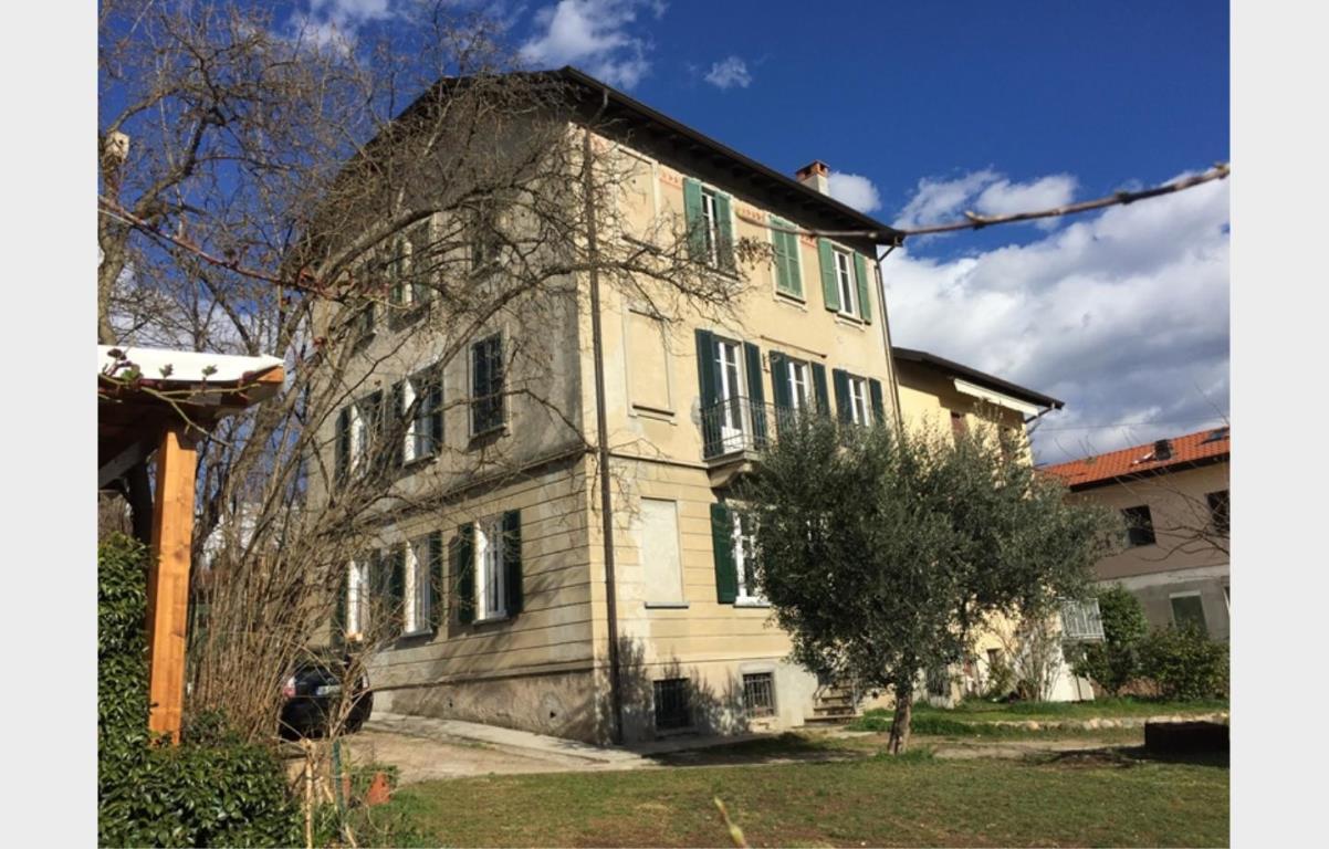 Appartamento in vendita a Varese, 3 locali, zona Zona: Casbeno, prezzo € 154.000 | Cambio Casa.it