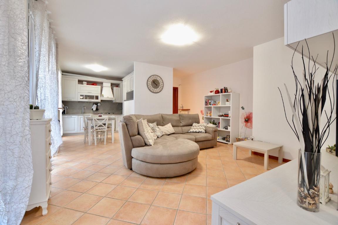 Appartamento in vendita a Cisano Bergamasco, 3 locali, zona Zona: la Sosta, prezzo € 215.000 | CambioCasa.it
