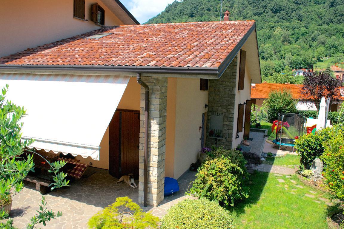 Villa a Schiera in vendita a Torre de' Busi, 5 locali, prezzo € 320.000 | Cambiocasa.it