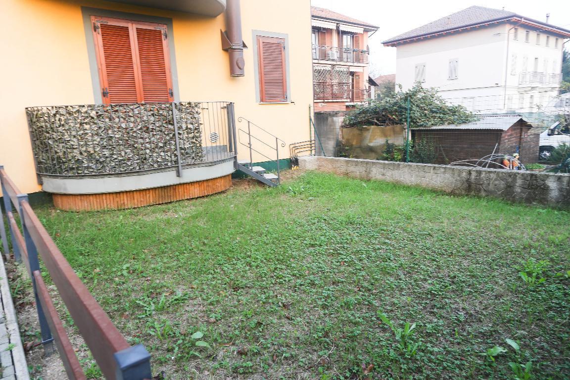 Bilocale Locate Varesino Via Cesare Battisti 3/A 9