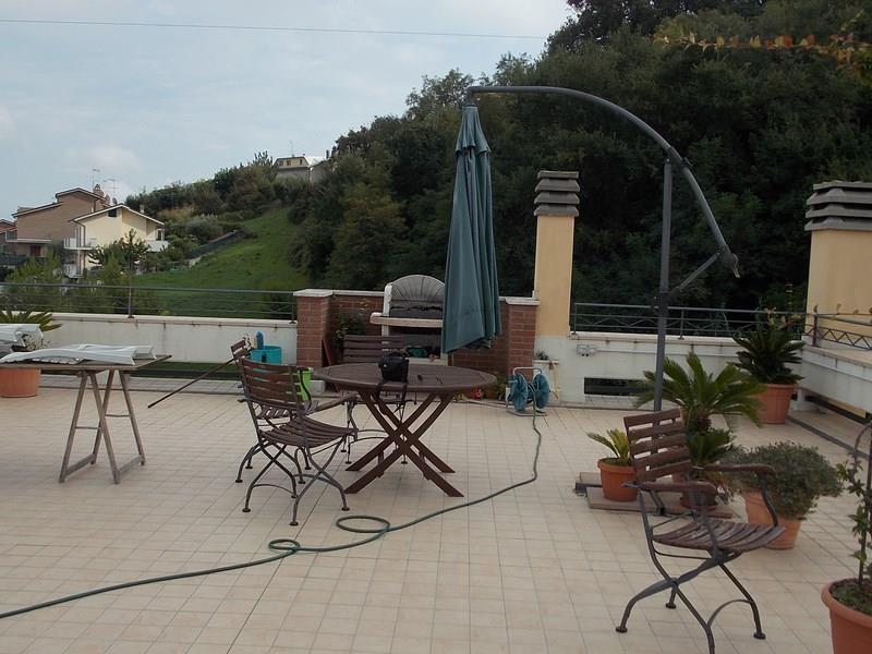 Appartamento in vendita ad Acquaviva Picena con vista mare e ingresso indipendente
