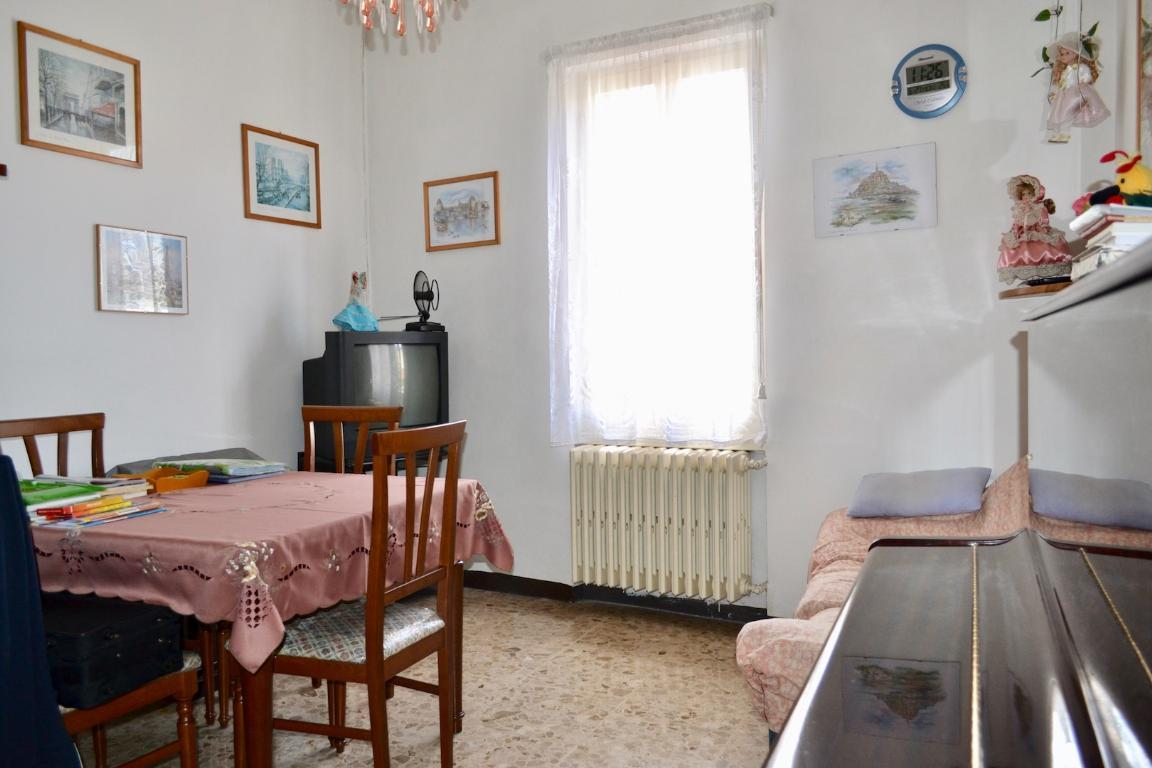 Appartamento in vendita a Cisano Bergamasco, 3 locali, prezzo € 60.000 | Cambio Casa.it
