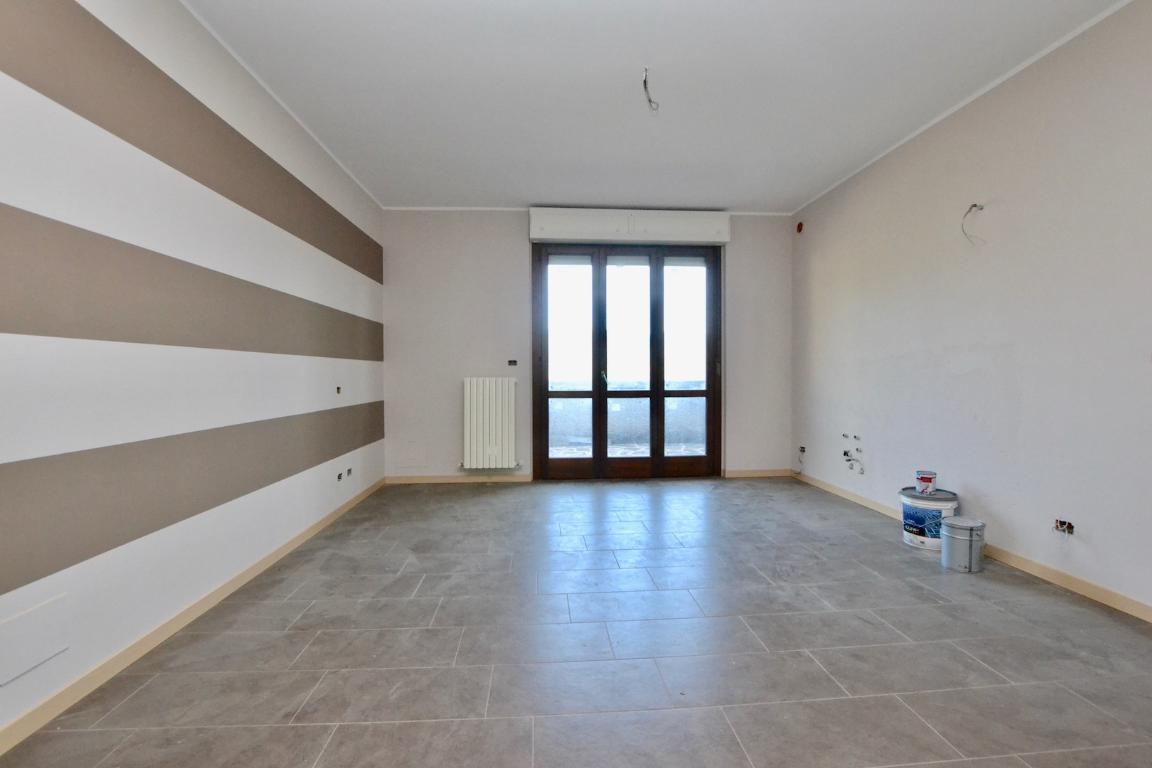 Appartamento in vendita a Caprino Bergamasco, 2 locali, zona Località: Sant' Antonio, prezzo € 95.000 | CambioCasa.it