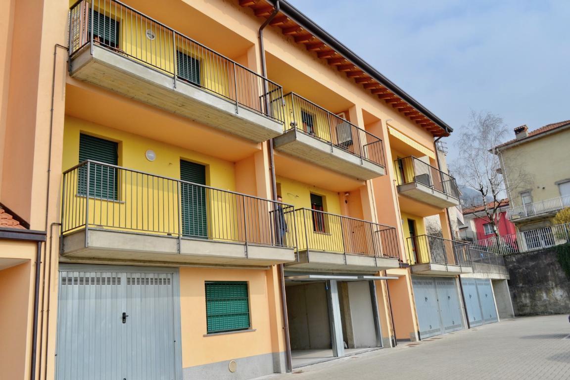 Appartamento in vendita a Calolziocorte, 2 locali, prezzo € 150.000   Cambio Casa.it
