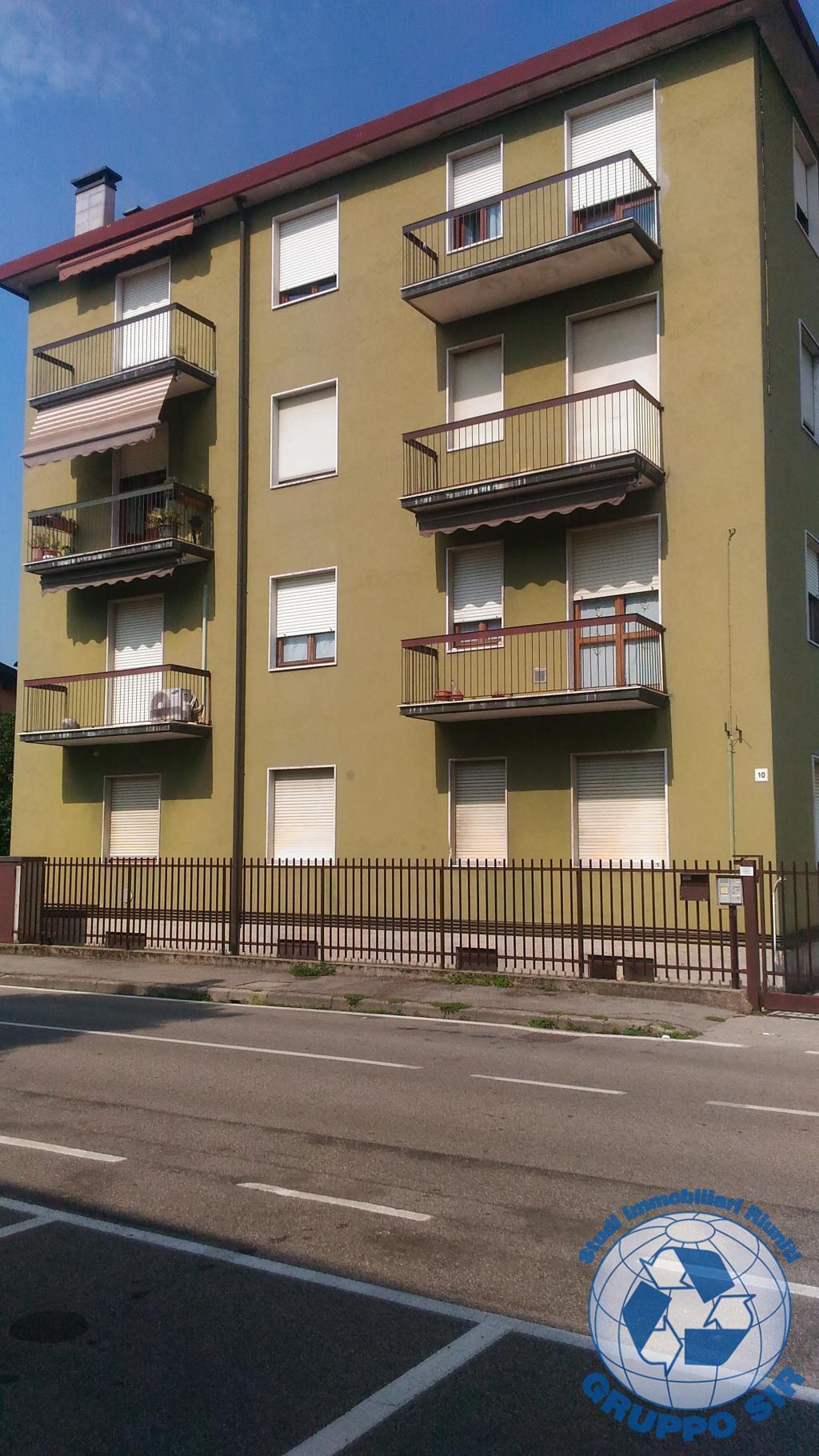 Appartamento in affitto a Vedano al Lambro, 1 locali, zona Località: parco, prezzo € 480 | CambioCasa.it