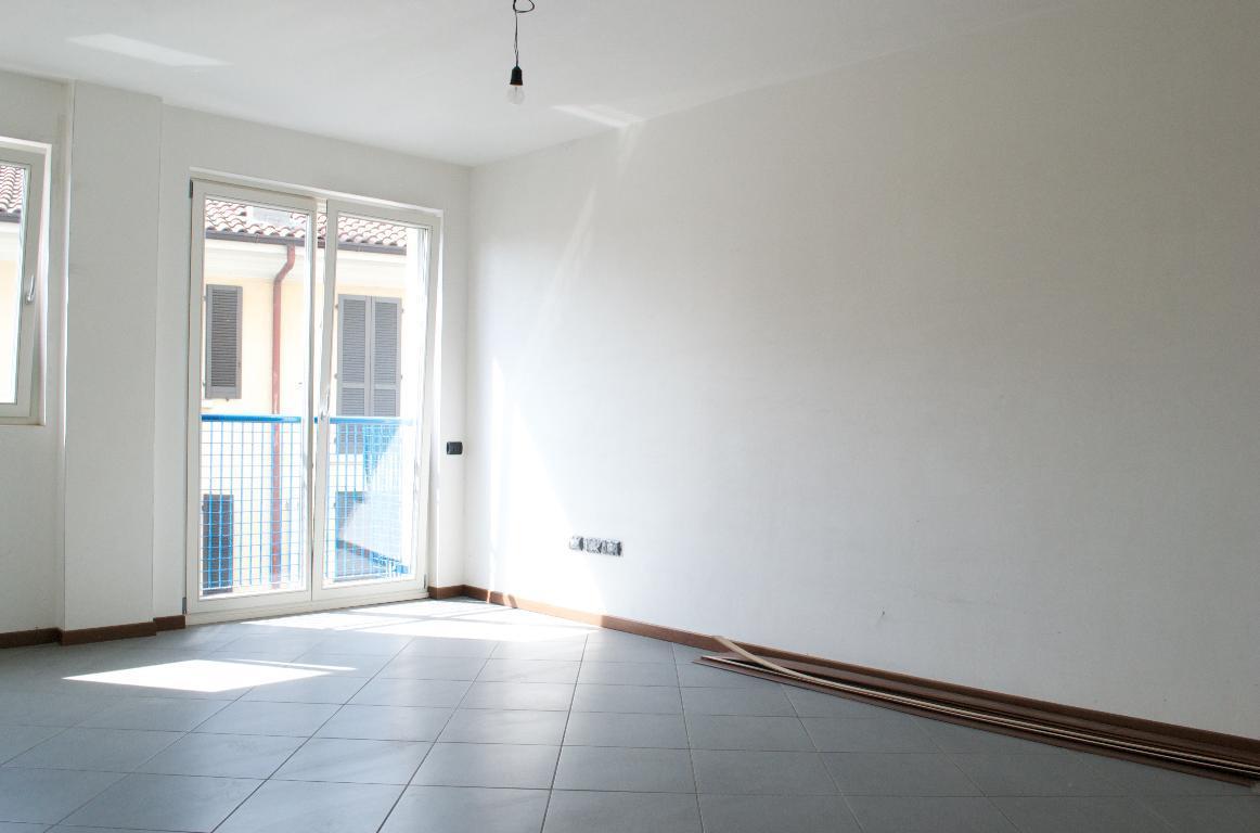 Appartamento in affitto a Cisano Bergamasco, 2 locali, zona Località: Centro, prezzo € 400 | Cambio Casa.it
