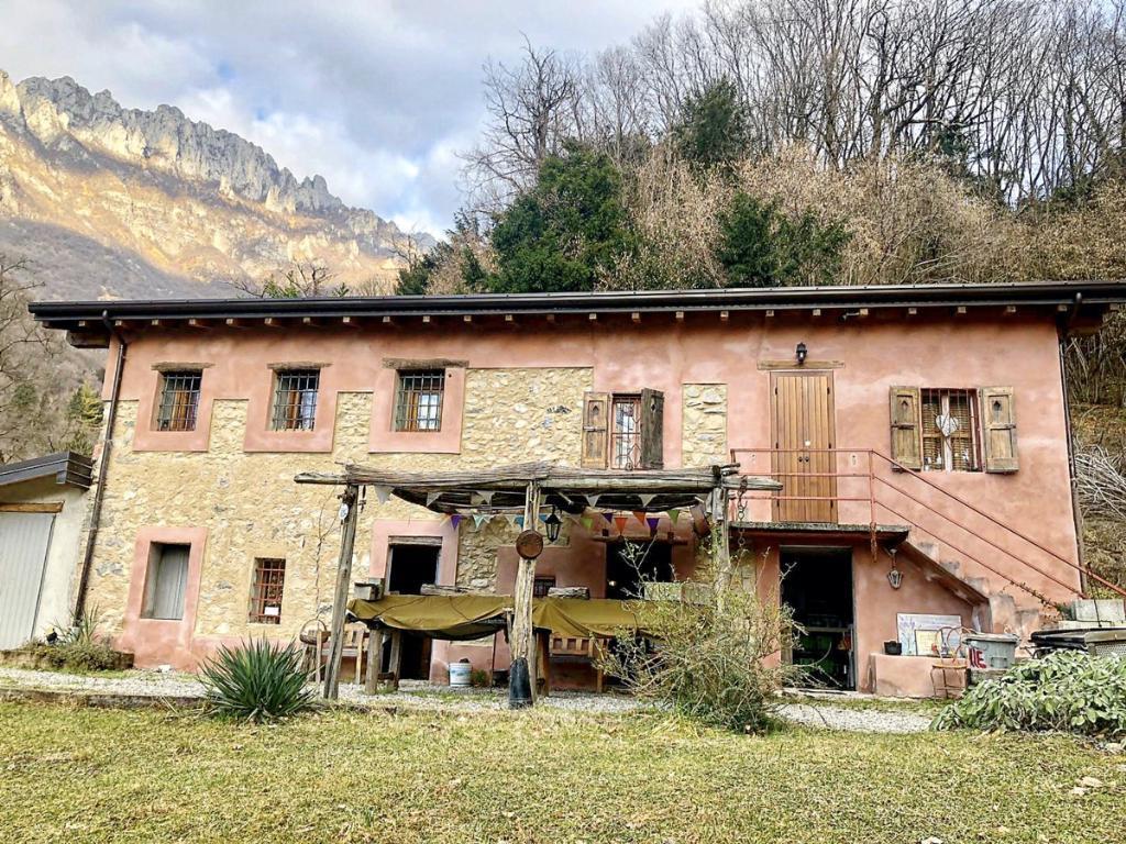 Vendita Rustico/Casale/Castello Casa/Villa Abbadia Lariana Via Val Monastero  187061