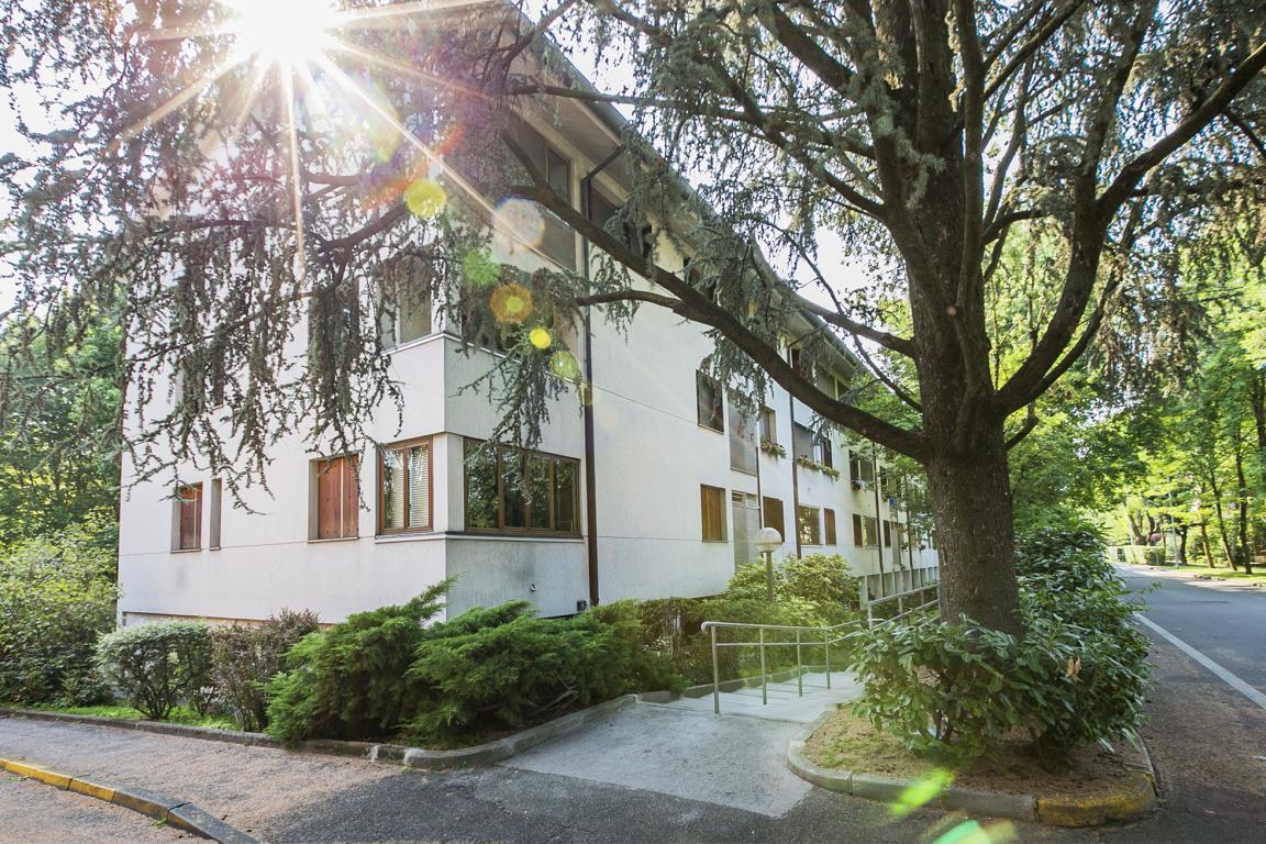 Appartamento in Vendita a San Donato Milanese: 4 locali, 131 mq