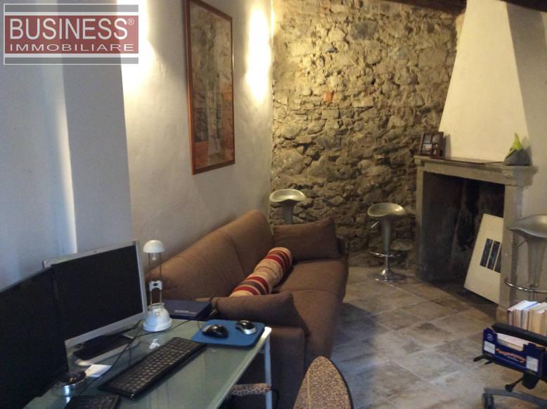 Villa in Vendita a Lecco: 5 locali, 230 mq