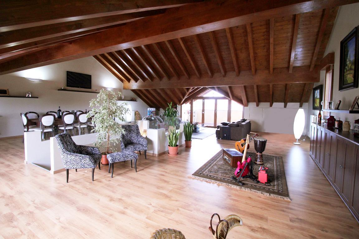 Villetta Trifamiliare in vendita - 300 mq