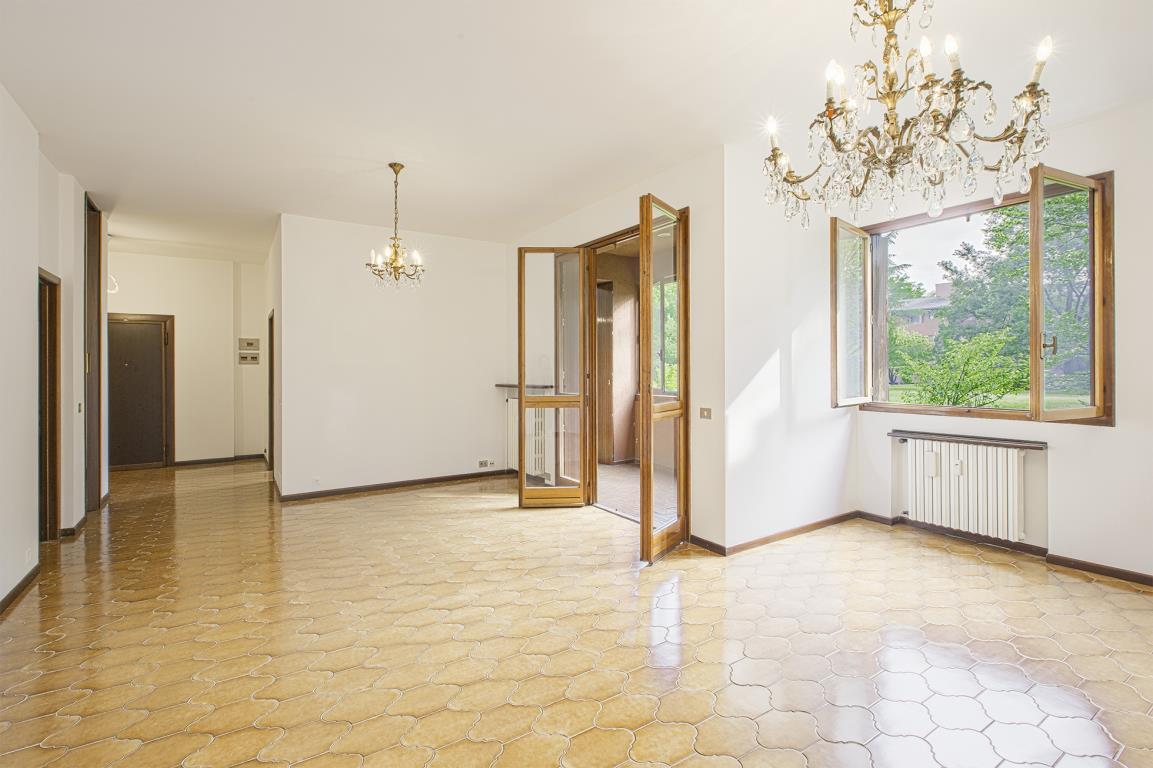 Appartamento in Vendita a San Donato Milanese: 4 locali, 132 mq