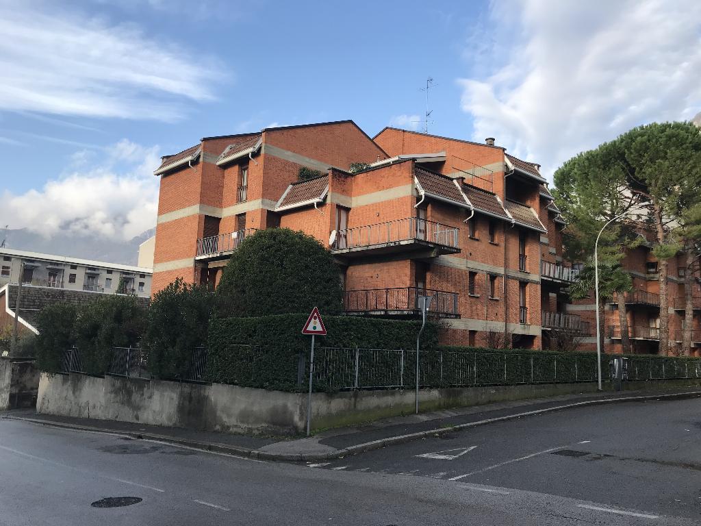 Vendita 5 Locali Appartamento Lecco via ai Pini 159163