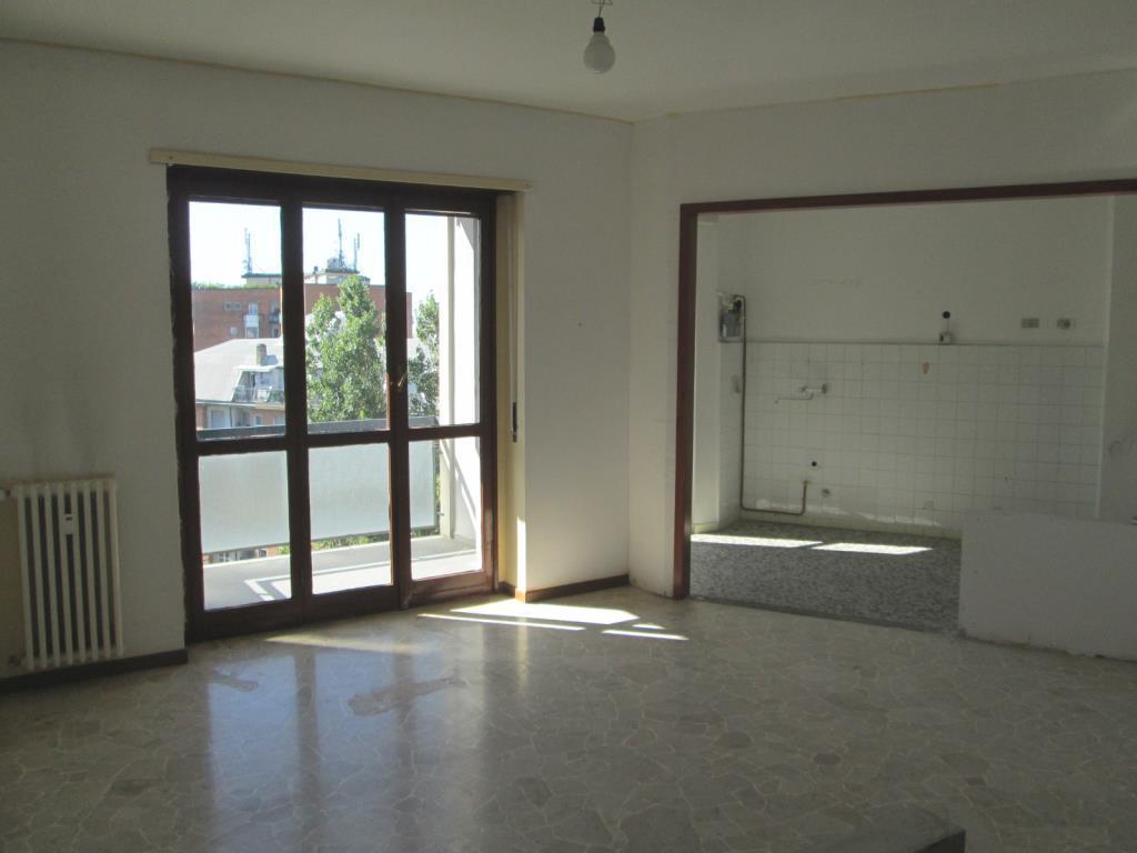Appartamento in Affitto a Cesano Boscone: 3 locali, 93 mq
