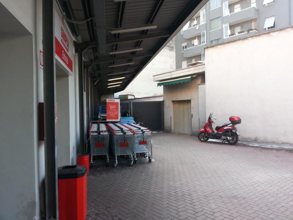 Magazzino in affitto - 770 mq